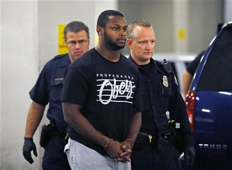 Here We Go Again:  Jonathan Dwyer of the Arizona Cardinals Arrested for Domestic Abuse